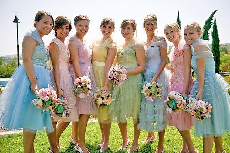 Платье подружки невесты(фото): красное