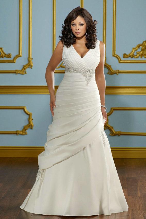 красивое и стильное платье для полнушки