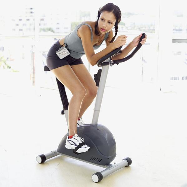 Как помогает велотренажер для похудения